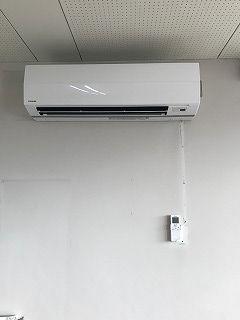 壁掛けエアコン